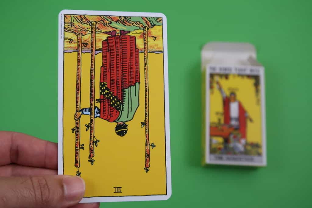Yocean Yogi psychic reading of The Three of Wands reversed
