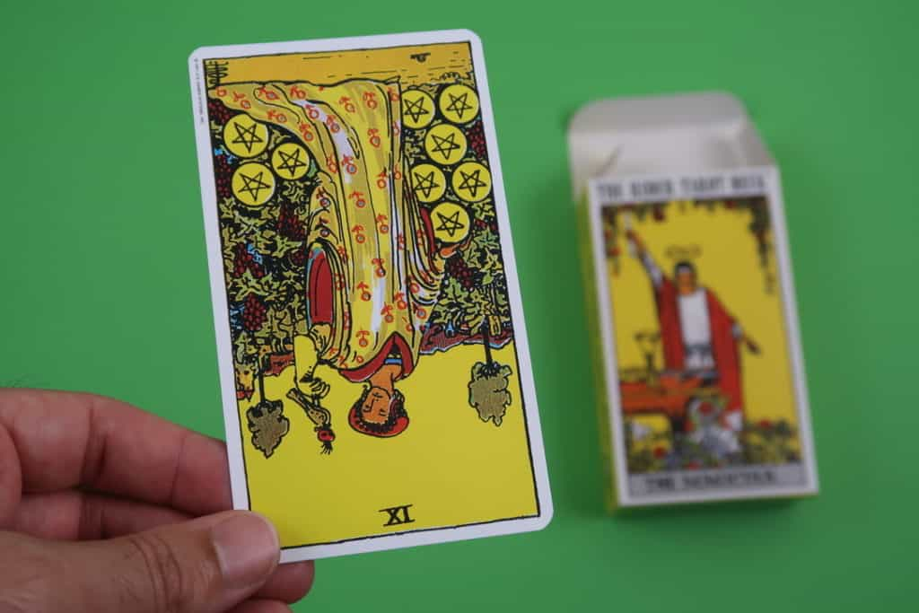 Psychic reading of The Nine of Pentacles Reversed