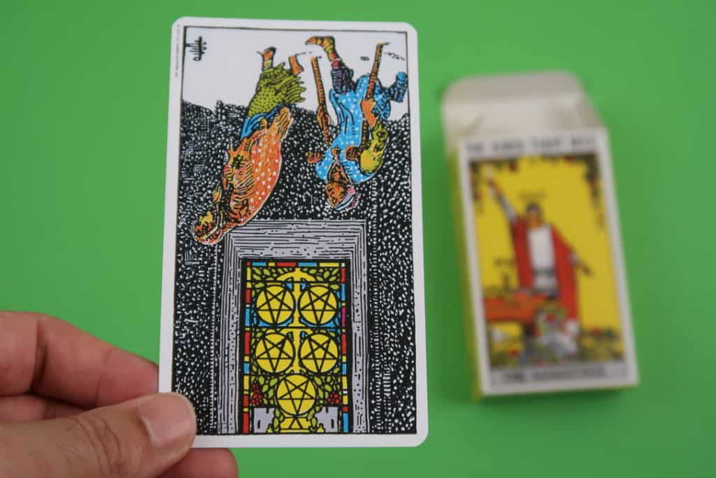 Psychic reading of The Five of Pentacles Reversed